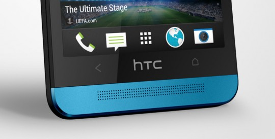 HTC One Vivid Blue speaker
