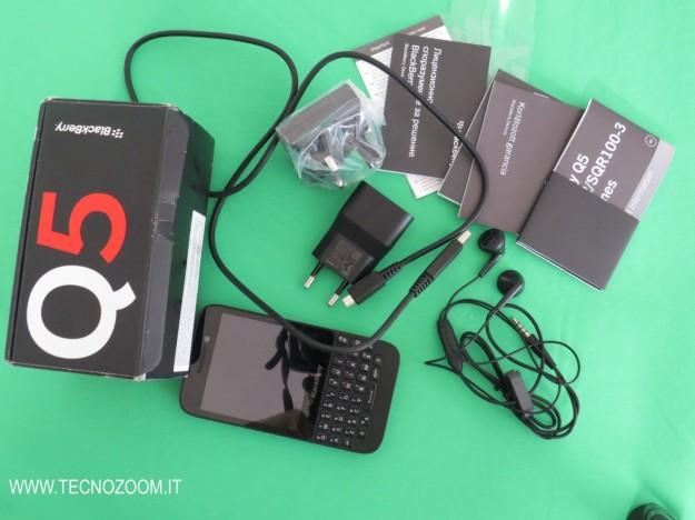 Blackberry Q5 interno confezione acquisto
