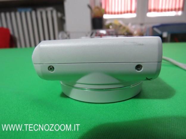 Samsung WB250F lato