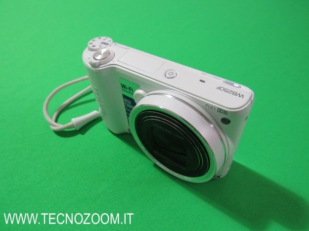 Samsung WB250F design