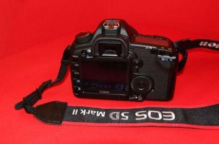 canon eos 5d mark II 2