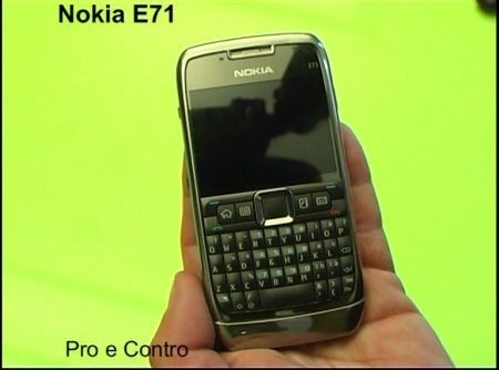 nokia e71 pro e contro