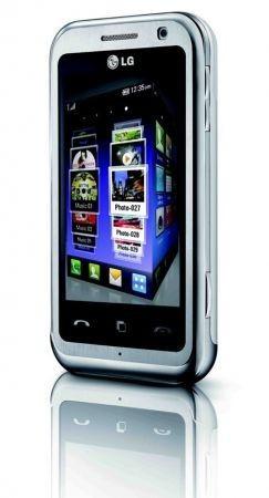 LG Arena: il cellulare con interfaccia 3D S-Class e' arrivato