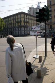 TomTom a Milano con i cartelli stradali intelligenti stile IQ Routes