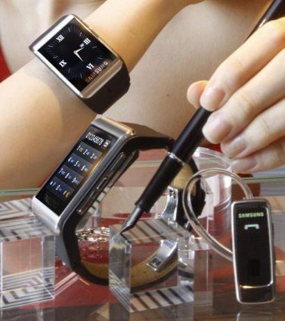 Samsung galaxy gear prezzo dello smartwatch tecnozoom for Orologio della samsung