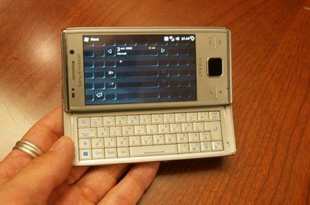 Sony Ericsson Xperia X2 tastiera ed interfaccia utente