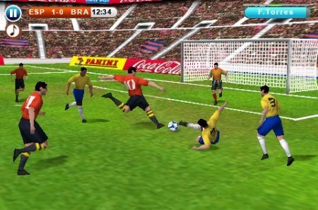 mischia in area iPhone 3GS Real Football 2010