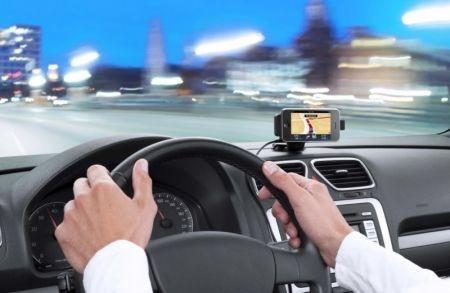 iPhone 3GS: TomTom aggiorna gratis il software di navigazione