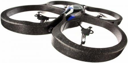 CES 2010: Parrot AR.Drone un connubio tra realtà e videogames