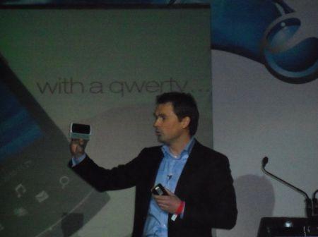 Conferenza Sony Ericsson: XPERIA X10 mini, XPERIA X10 pro e Vivaz pro